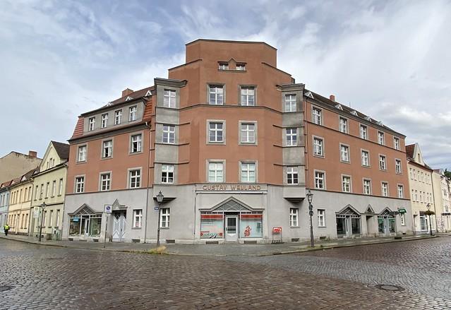 Wohn- und Geschäftshaus Gustav Weyland
