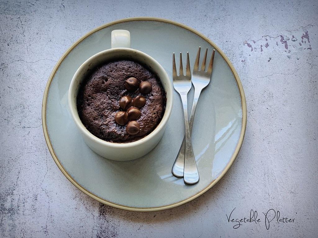 The Best Eggless Chocolate Banana Mug Cake