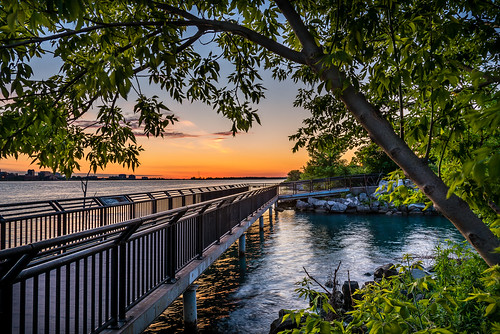 2020 canada detroitriver june ontario windsor riverfront sunrise