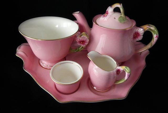 Royal Winton Pink Petunia
