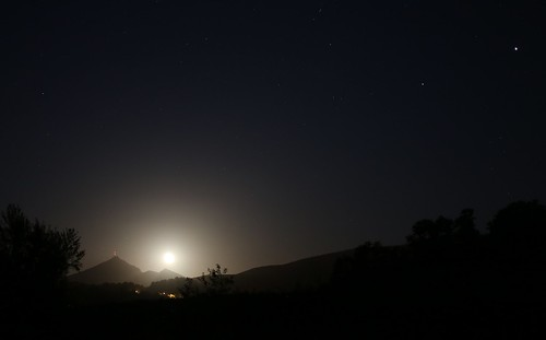 Moonrise over the rhune | by oliverglobetrotter