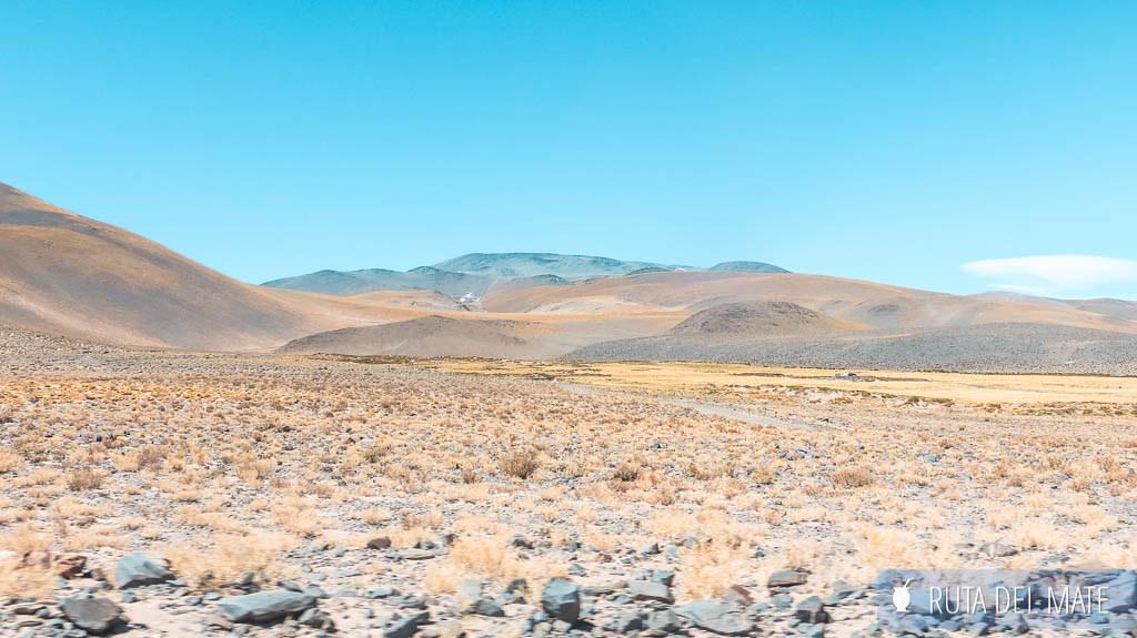 Camino a Laguna Blanca en Catamarca
