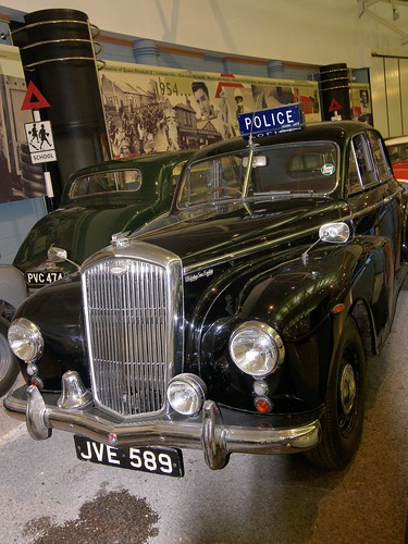 Wolseley 6/80 Police Car (JVE 589) | by Ray's Photo Collection