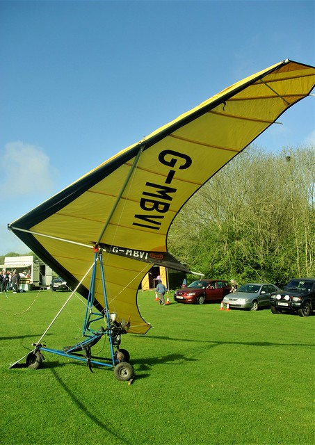 G-MBVI - Hiway Sky-Trike 250Super       Popham