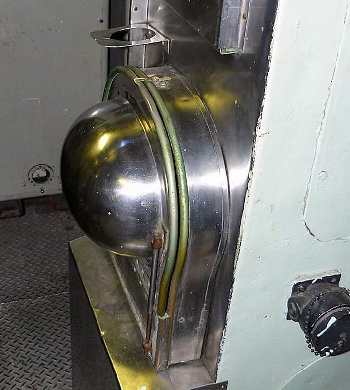 USS Becuna SS-319 4