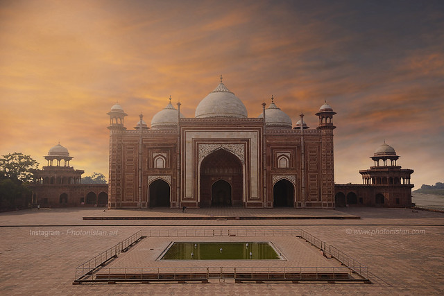 Jawab Mosque Inside Taj Mahal, Agra, India