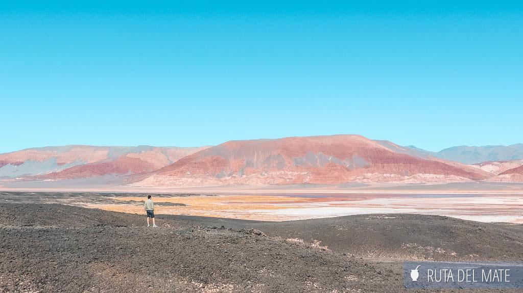 A los pies del Volcan Carachi Pampa