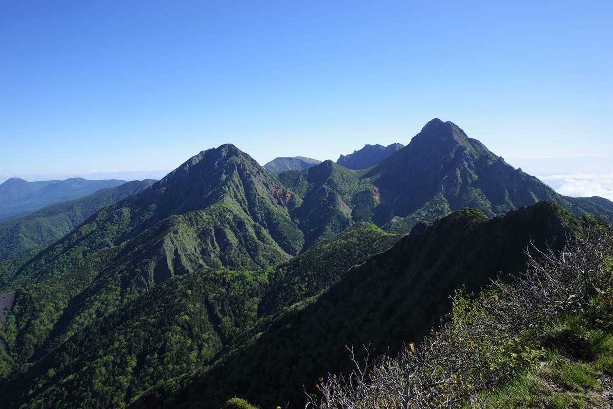 八ヶ岳・ギボシから眺める赤岳~阿弥陀岳方面の展望
