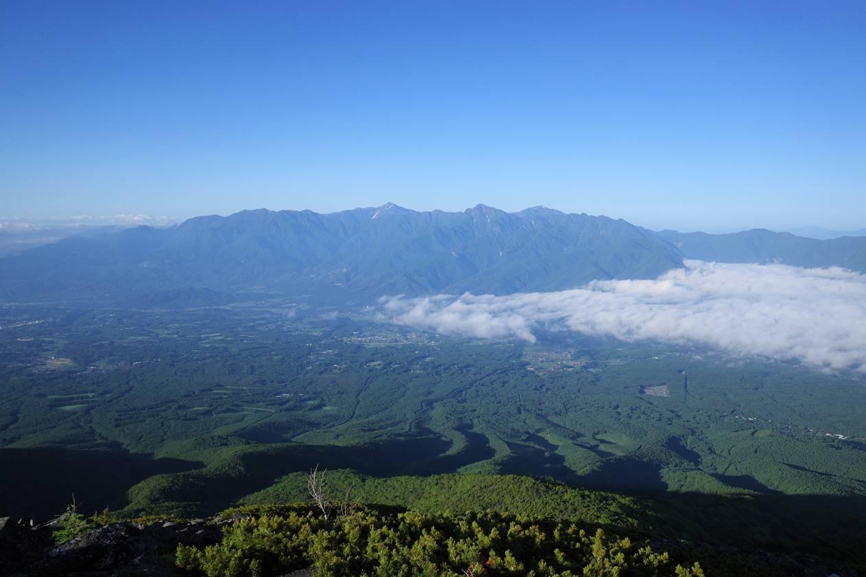 編笠山から眺める南アルプス
