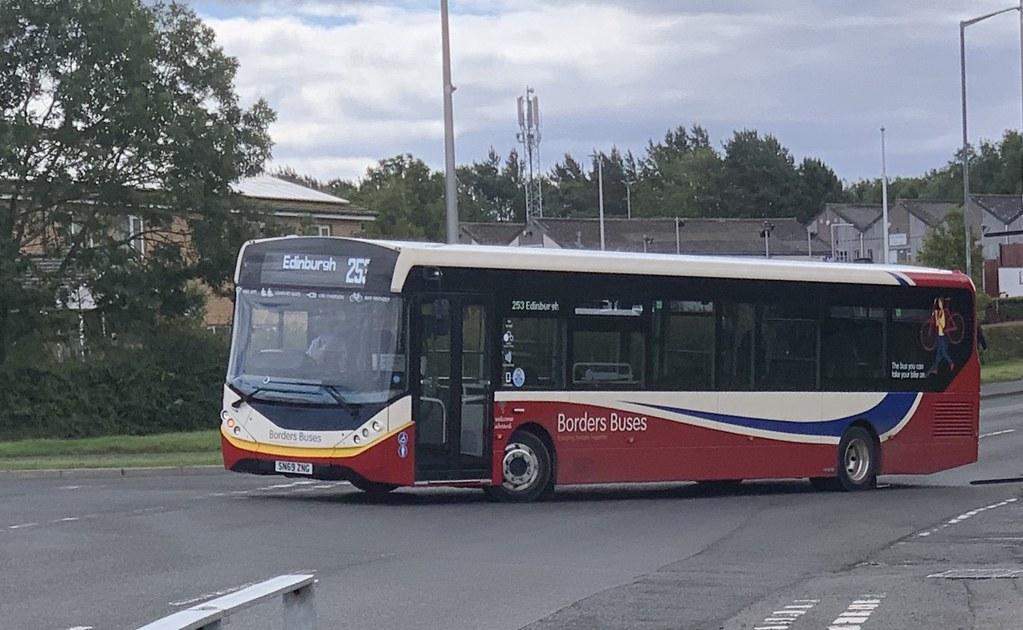 Borders Buses 11916 SN69 ZNG (11-07-2020)