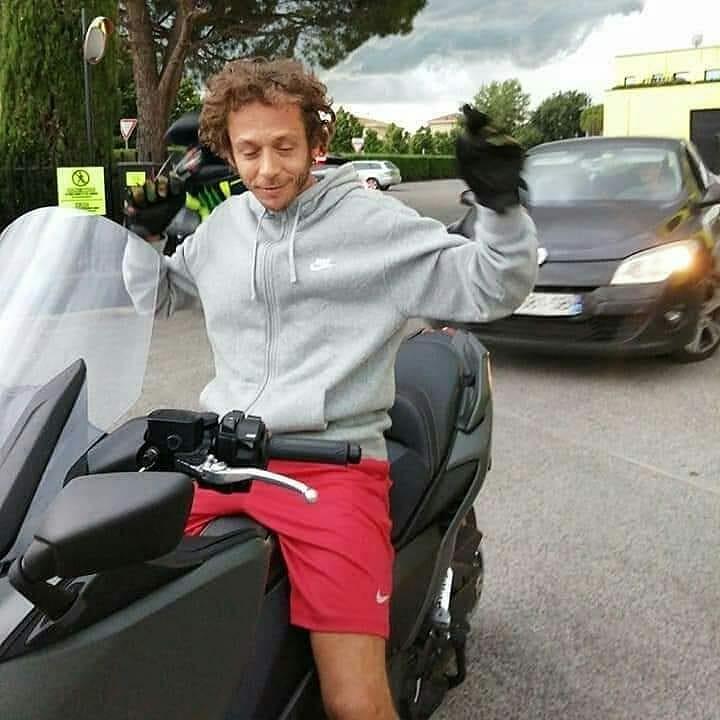 Yamaha TMax Valentino Rossi