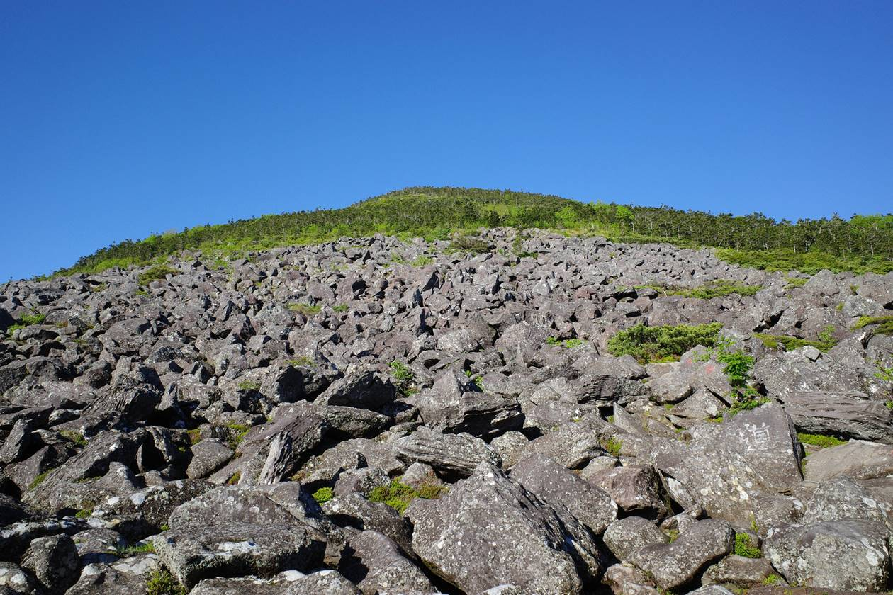 編笠山の岩場