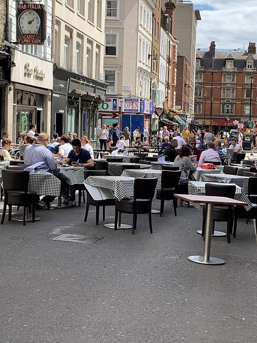 Al fresco dining in Soho, London | by hateruma_yaeyama