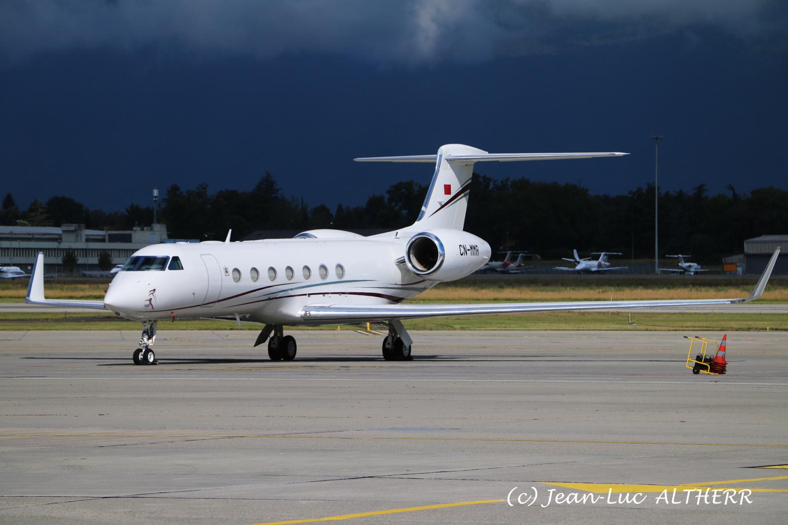 FRA: Avions VIP, Liaison & ECM - Page 24 50100827031_cae270de1a_o_d