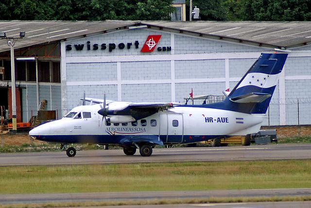 HR-AUE   LET L-410UVP-E3 Turbolet [882029] (Aerolineas Sosa) Tegucigalpa-Toncontin Int'l~HR 24/11/2007