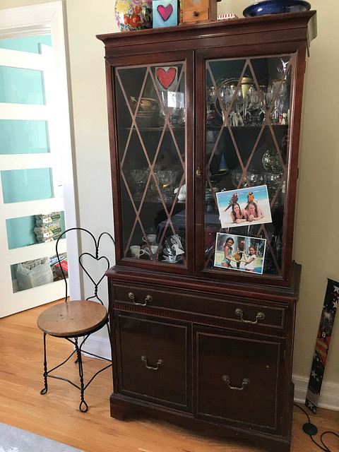 China cabinet (before)