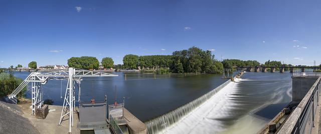 Barrage sur la Saône à Auxonne