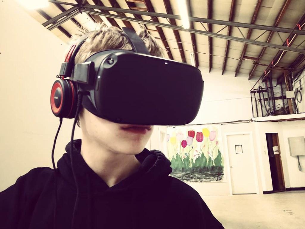 Robotboy #studiolife #studiotime #i2f #parenting #oculusquest