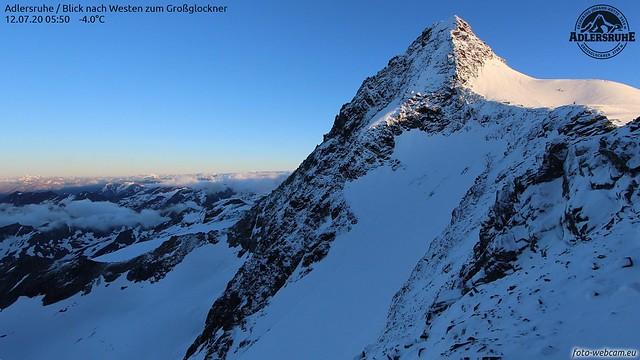 zwei Gipfelkarawanen