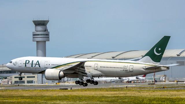 PIA 777-200LR AP-BGY