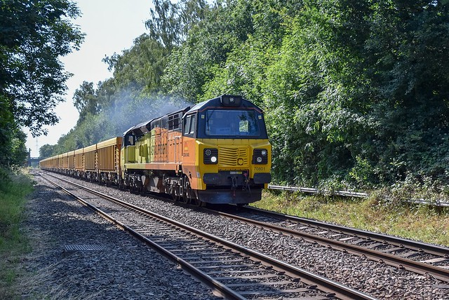 70801 passes Water Orton with 6M40