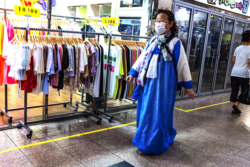 Woman in hanbok on 7-11-20--Busan