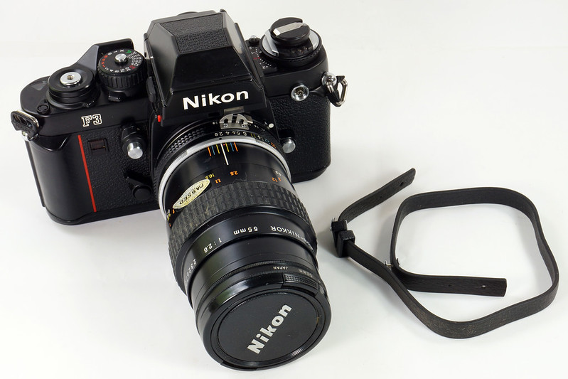 RD30690 Nikon F3 35mm SLR Film Camera with Nikon Micro NIKKOR 55mm 1_2.8 DSC09087