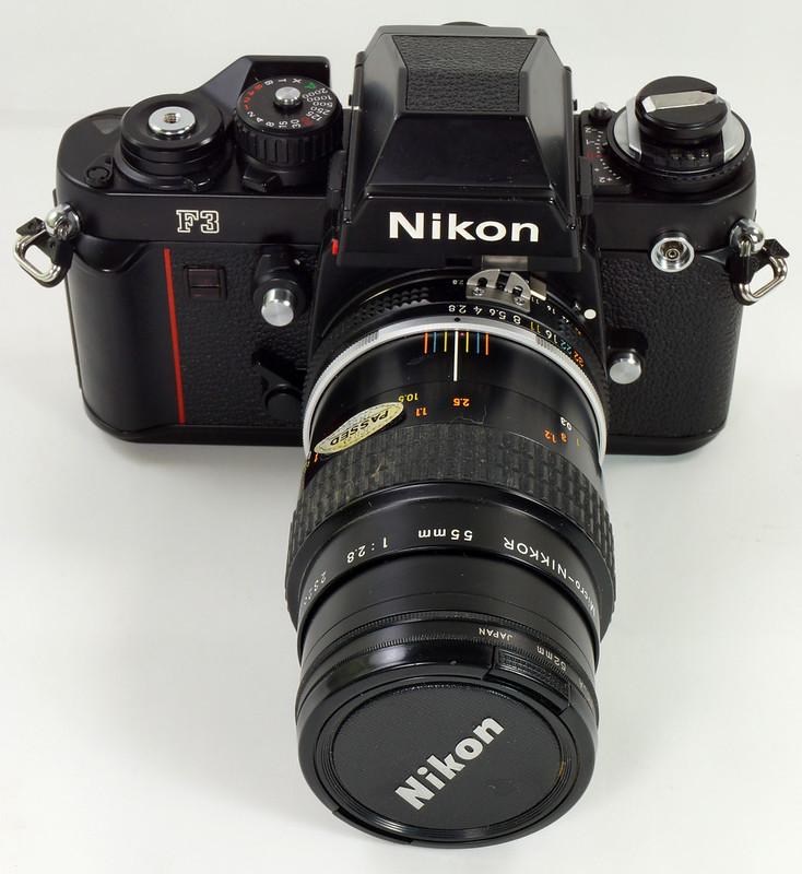 RD30690 Nikon F3 35mm SLR Film Camera with Nikon Micro NIKKOR 55mm 1_2.8 DSC09088