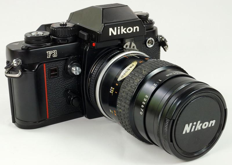 RD30690 Nikon F3 35mm SLR Film Camera with Nikon Micro NIKKOR 55mm 1_2.8 DSC09091