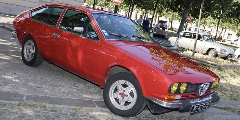 Alfa Romeo Alfetta coupé 2000 GTV  50104650937_e4496ea778_c