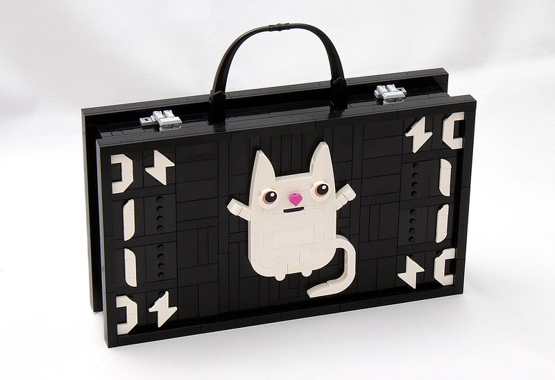 Kitteh Briefcase