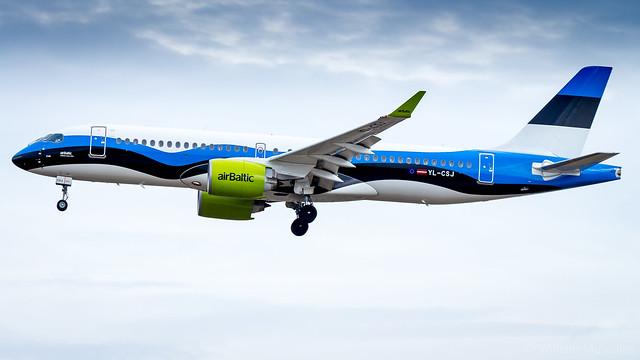 Airbus A220-300 YL-CSJ Air Baltic - Estonian Flag Livery