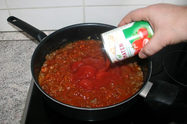 10 - Add tomatoes / Tomaten hinzufügen