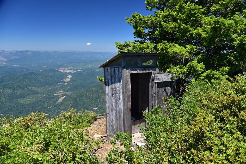 Little Grayback Lookout toilet