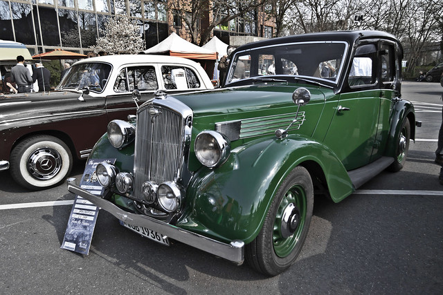 Wolseley Fourteen Saloon (4748)