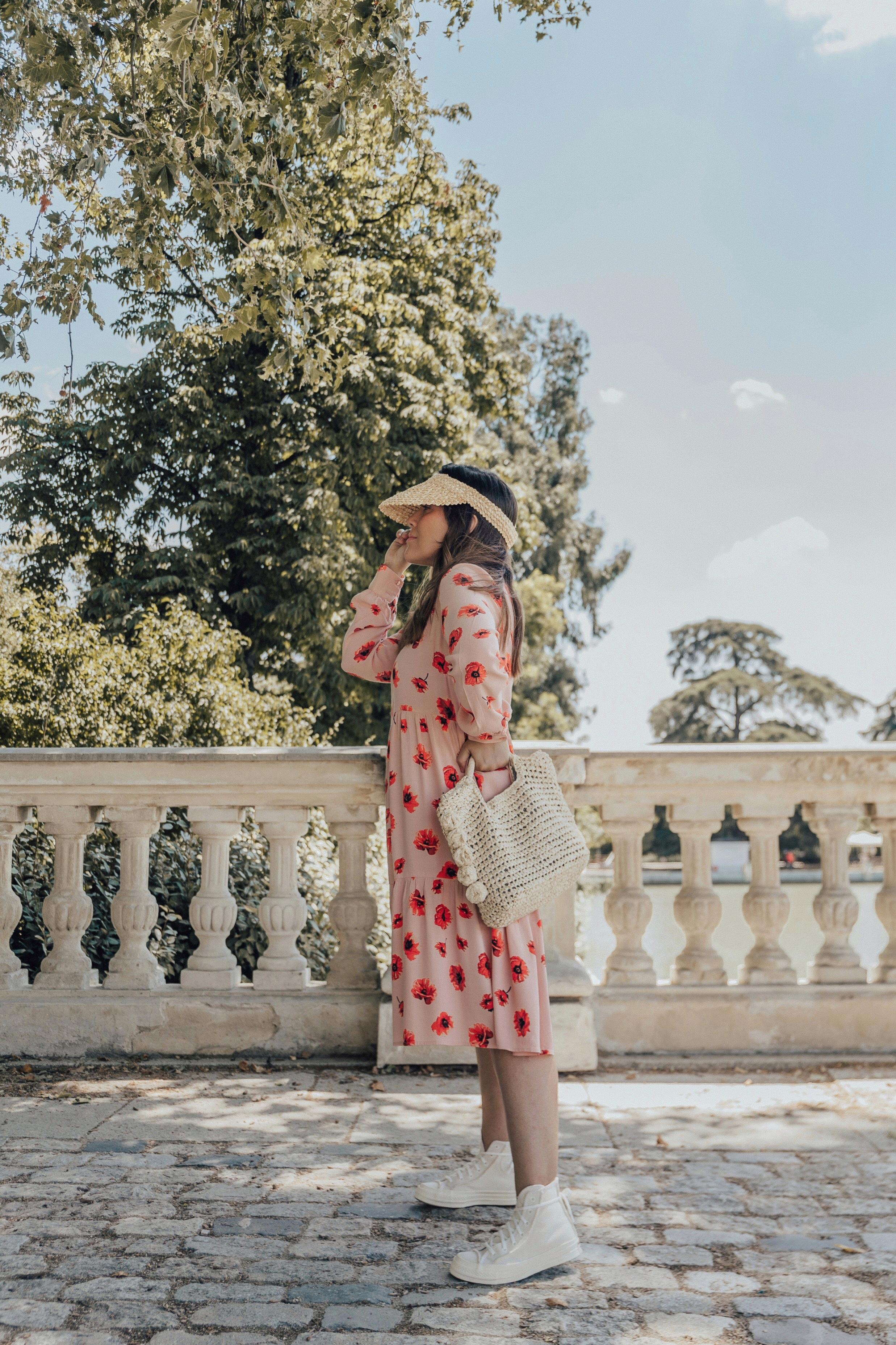 vestido estampado floral pièces
