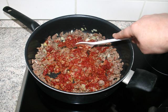 06 - Braise tomato puree / Tomatenmark andünsten