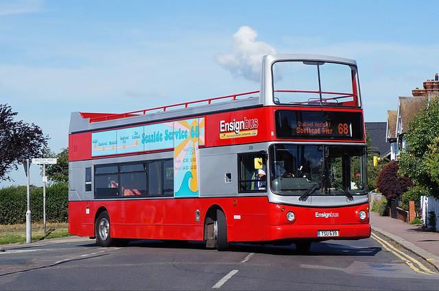 Ensignbus 339, TSU 639 (ex T678 KPU), on route 68 at Leigh, Belton Way