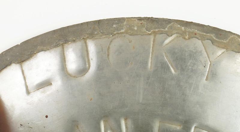 RD30720 Vintage Lucky Lager Brewing Co. Metal Keg Seal San Francisco AZ CAL USA DSC09154