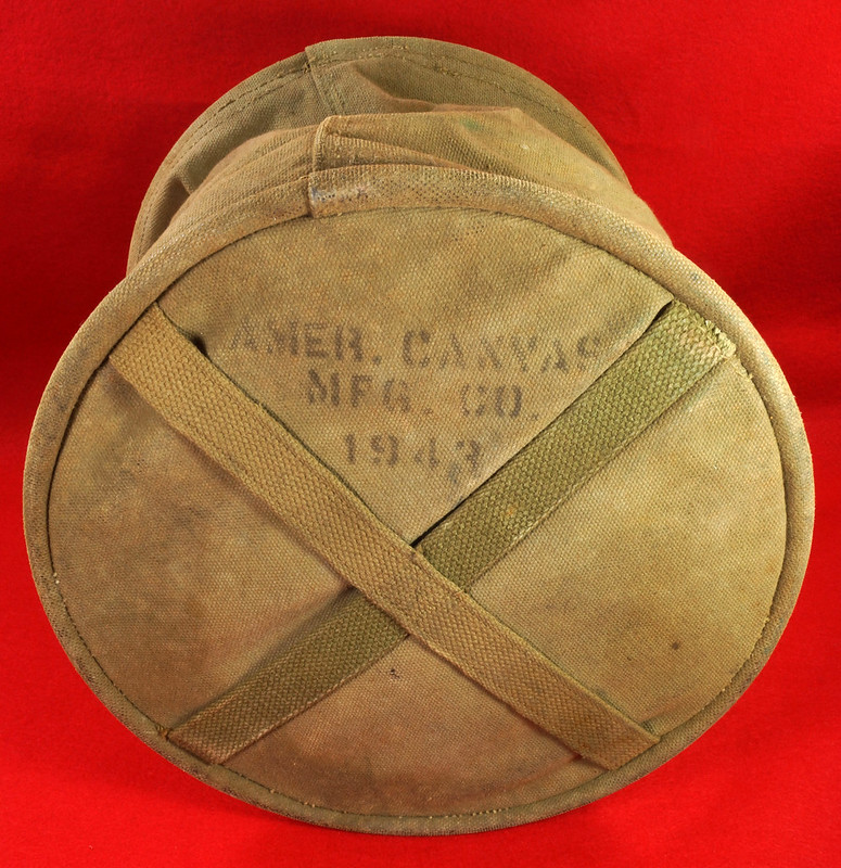 RD30693 1943 WWII US Army Cavalry Collapsable Folding Canvas Jeep Water Bucket  Amer. Canvas Mfg. Co. DSC09167