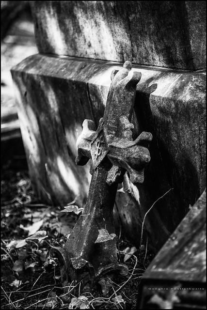 Broken cross