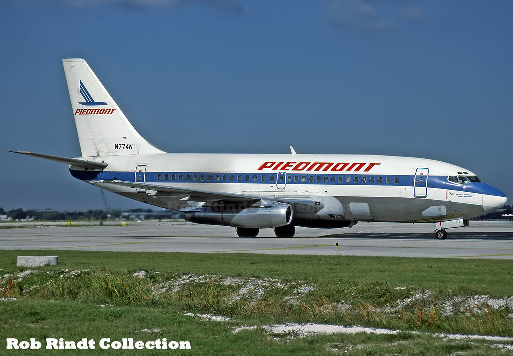 Piedmont Airlines B737-2Q9/Advanced N774N