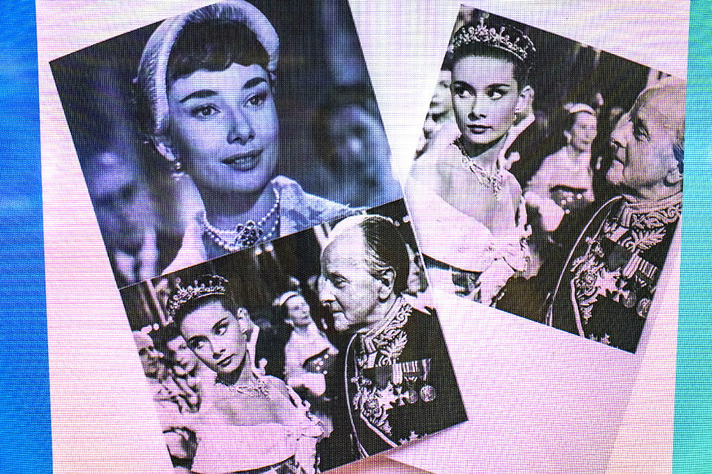 Audrey Hepburn at print to order machine--Busan 2