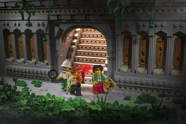 Johnny Thunder And The Lost Temple of Ozari