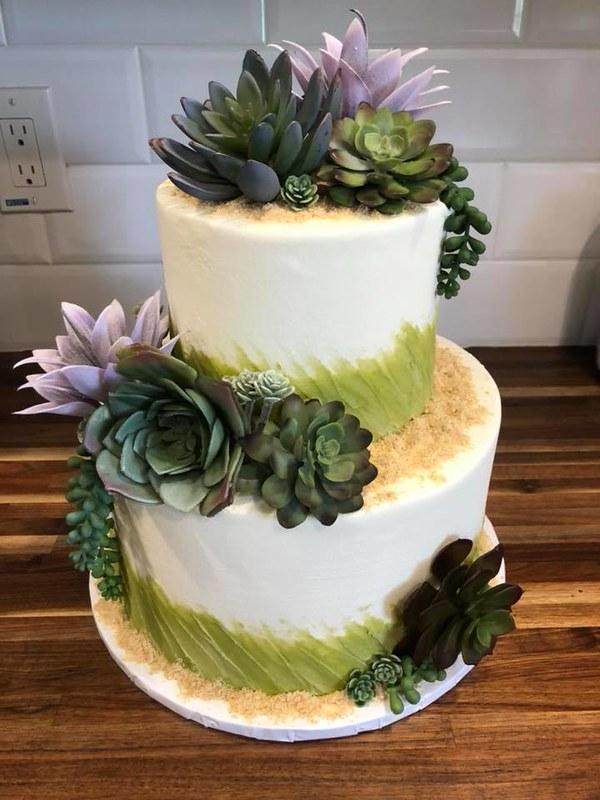 Cake by I Heart Cupcakes Bakery