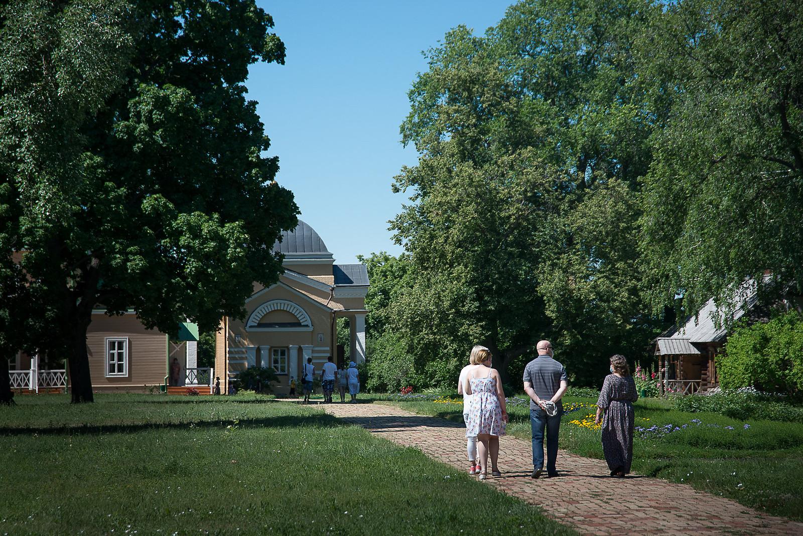 Музей-заповедник «Тарханы» принимает посетителей. 12 июля 2020 года. Фото: Александр Семенов