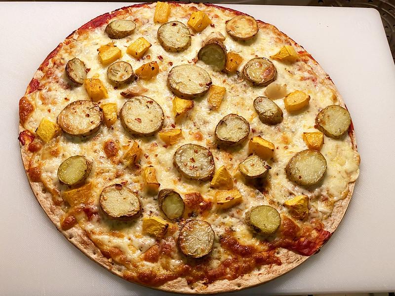 Potato and pumpkin pizza