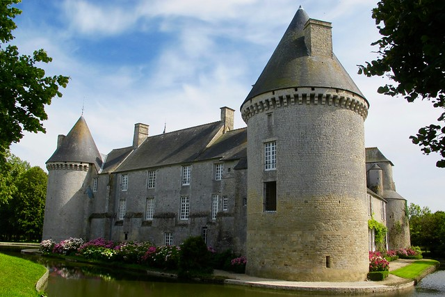Chateau fort de Colombières