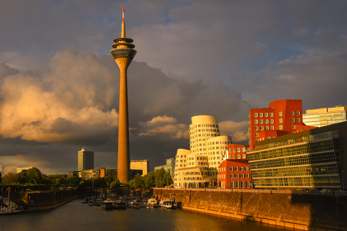 Duesseldorf-Mediahafen-(36)