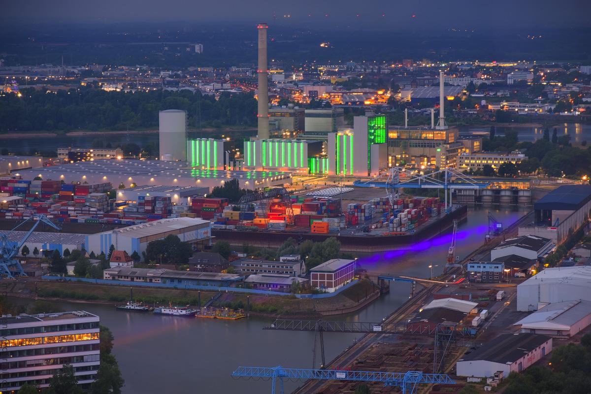 Duesseldorf-Mediahafen-(15)